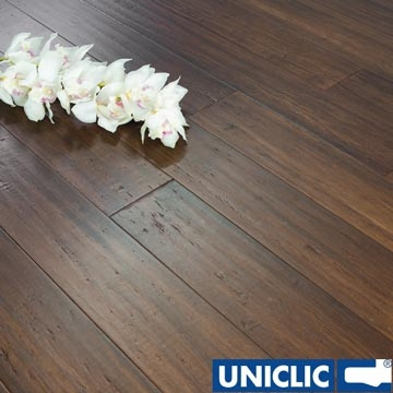 Solid Chestnut Strand Woven 125mm Click BONA Coated Bamboo Flooring 2.29m²