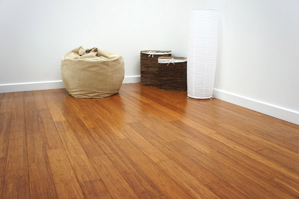 what is the difference between solid and engineered bamboo flooring